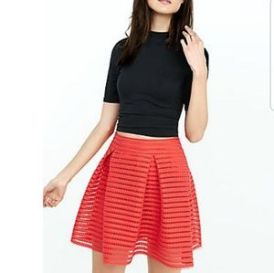*NWT* Express pleated skirt